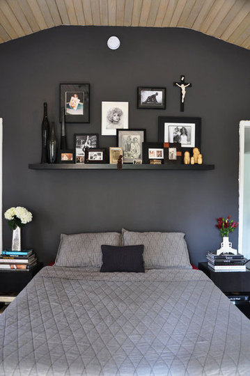 Display Art On Bedroom Walls