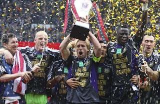 FÚTBOL-En Bélgica lidera el Anderlecht este año
