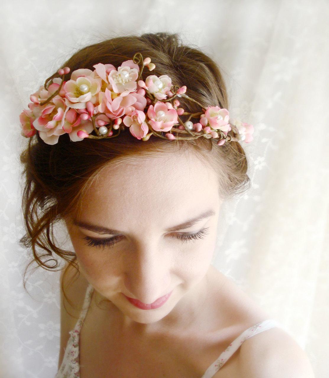 Lamb Amp Blonde Wedding Wednesday Flower Crowns