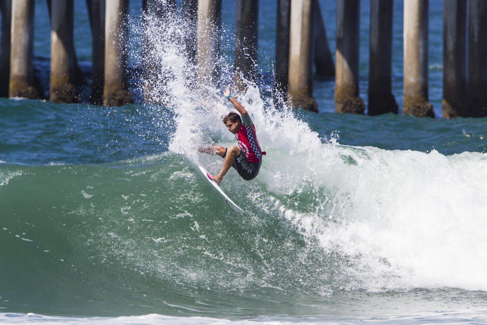 8 Alejo Muniz Mens Vans US Open of Surfing 2015 WSL Chris Pittman   Pacific Surf and Lifestyle