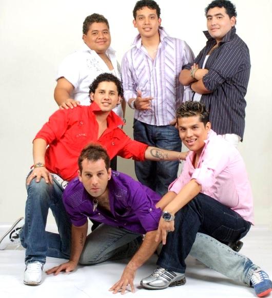 Grupo América en sesión de foto 2010