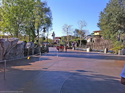 DCA DIsney California Adventure Cars Land Rope Drop wait