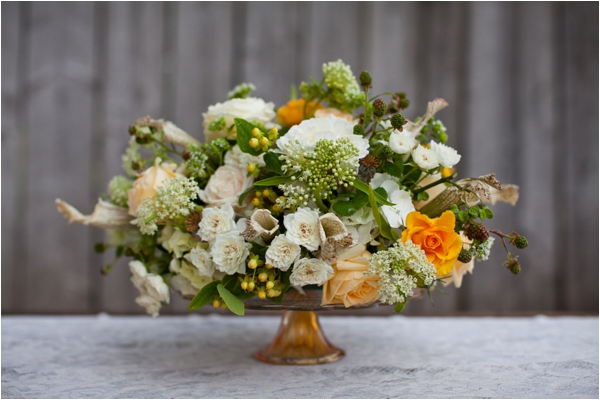 Longhorn Ranch Inspiration Shoot by K.Lindmeier Photography via www.lemagnifiqueblog.com // #centerpiece #wedding