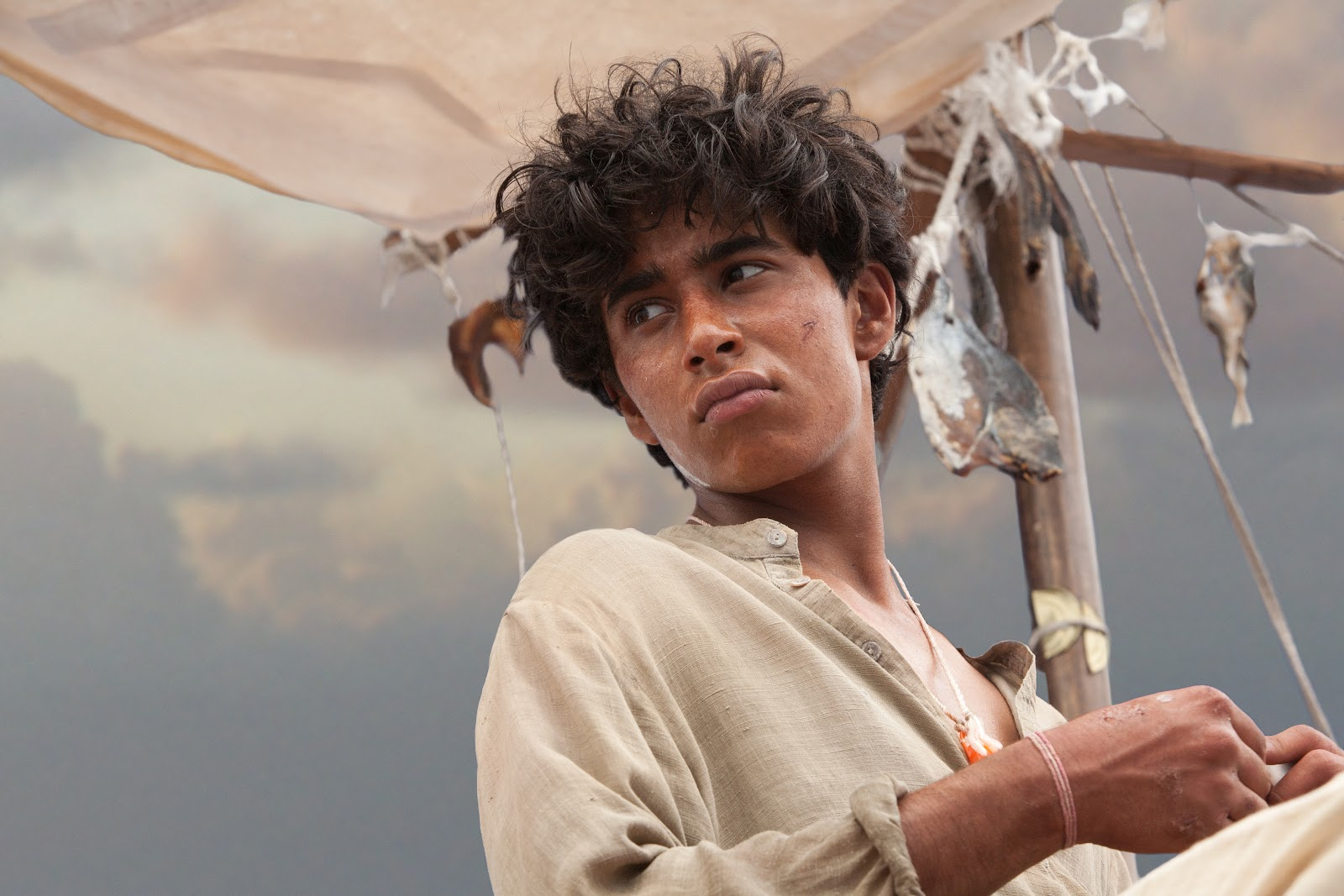 Exclusive 39 life of pi 39 behind the scenes photos images for Life of pi patel