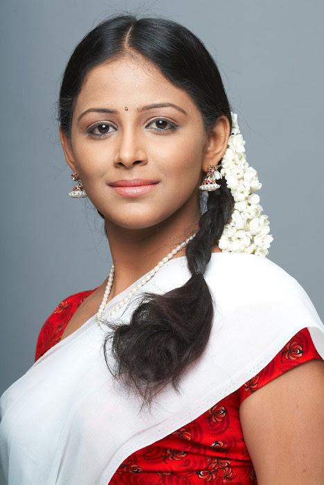 subhiksha spicy in saree glamour  images