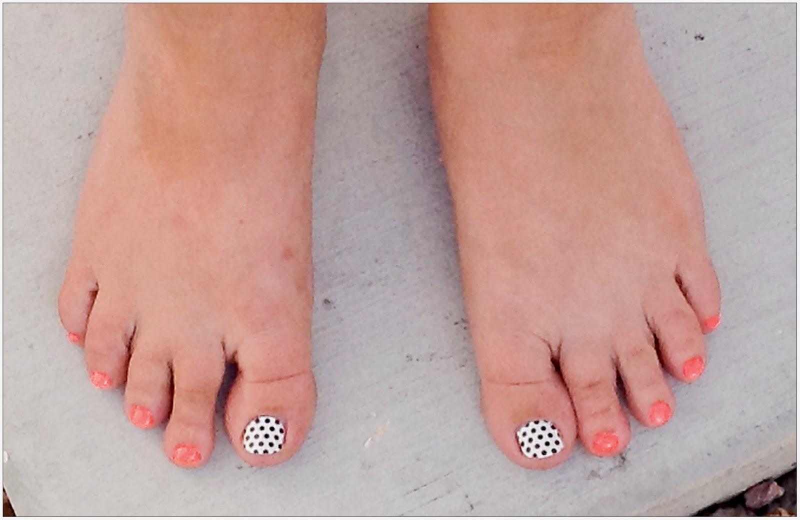 Girly Nail Designs For Short Nails