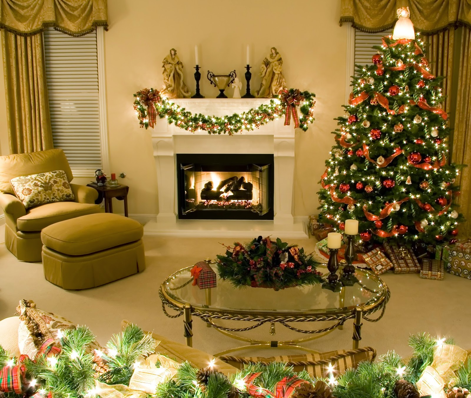 Christmas-decoration-hall-with-tree-table-gifts-image-picture-HD.jpg