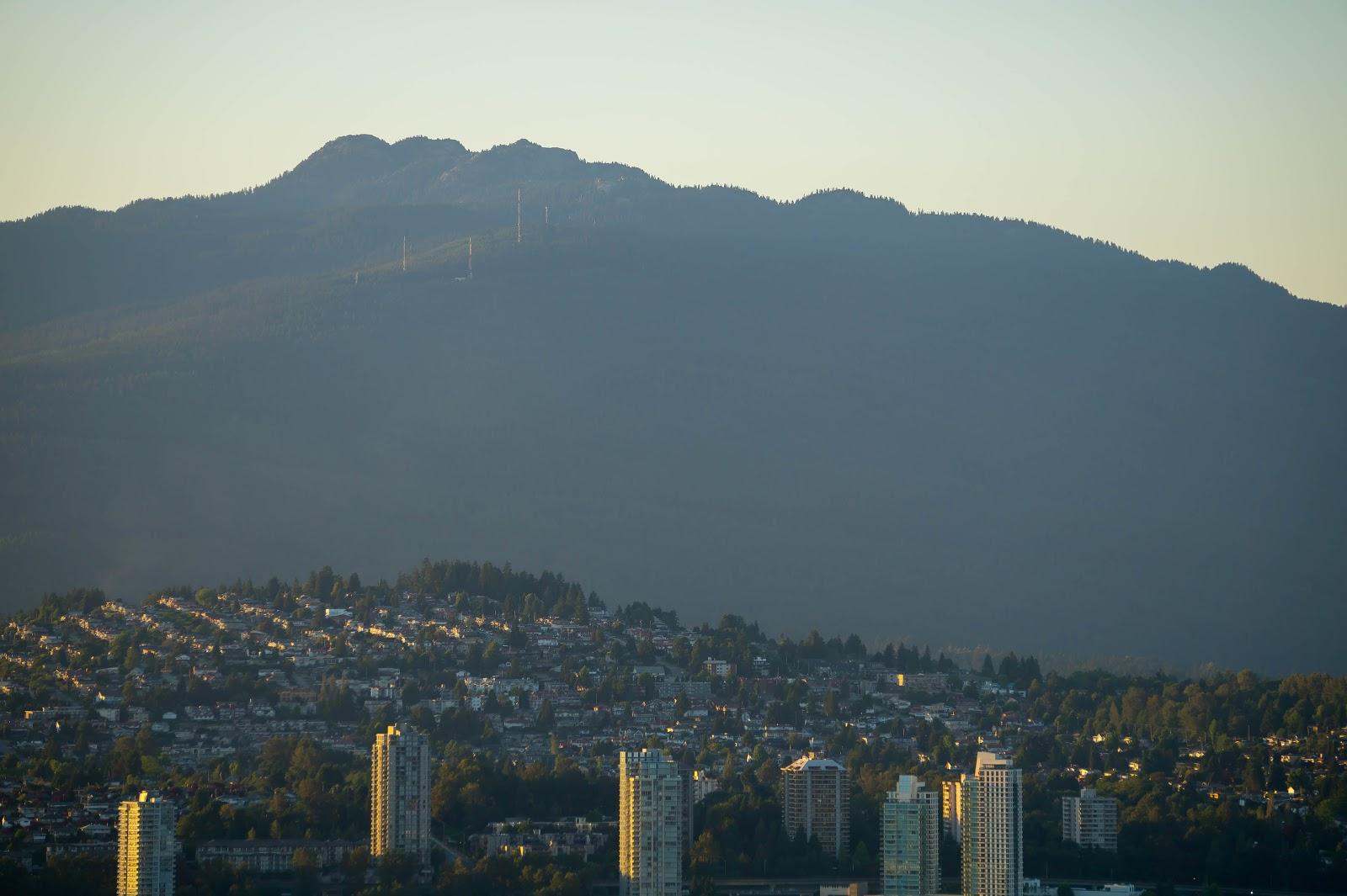 Сеймур, самая близкая к нам гора (ехать 15 минут) высотой 1450 метров