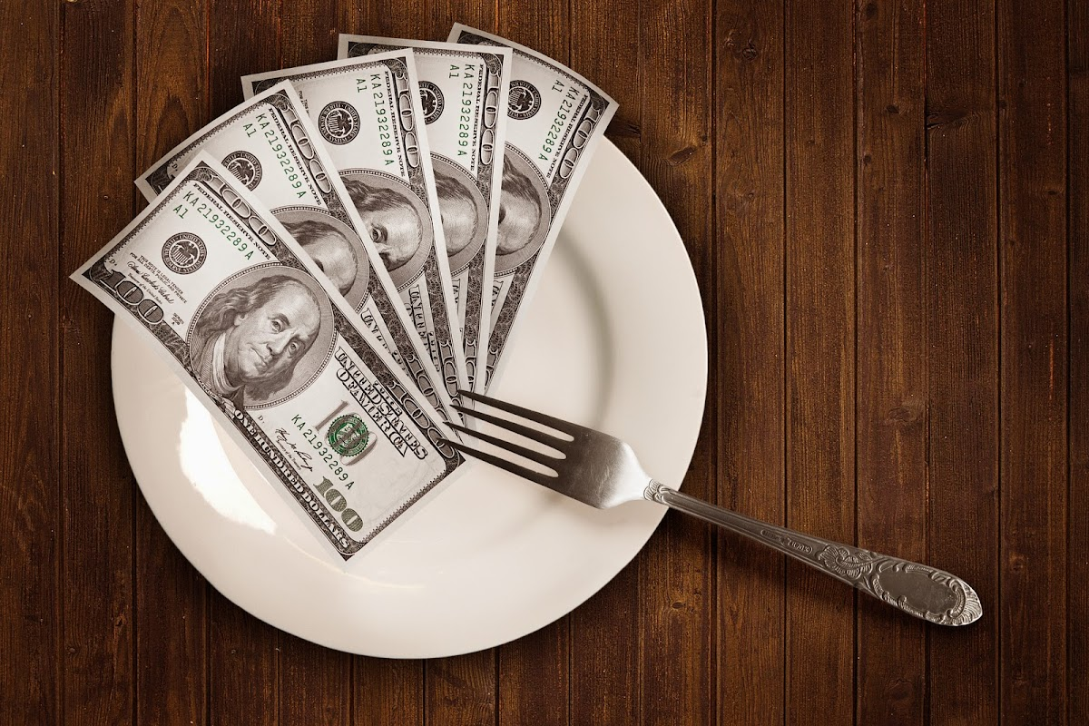 4 Dicas para Comer Saudável sem Gastar Muito Dinheiro