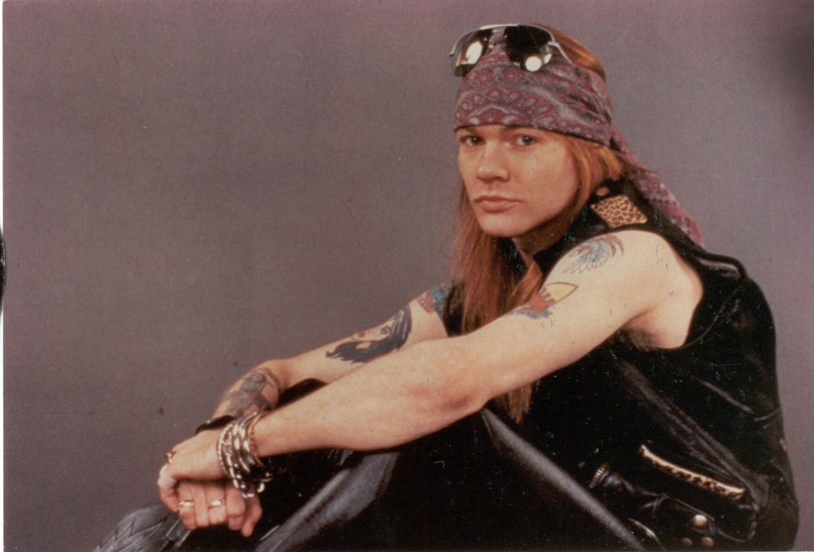 Axl rose do you remember guns n roses you definitely knows who he is