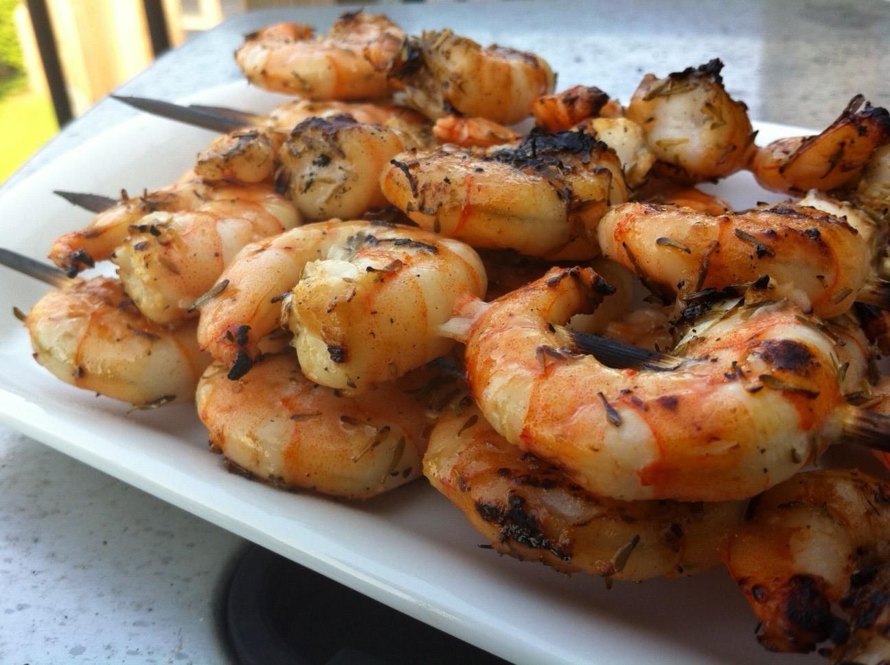 recipe: easy steak and shrimp kabobs [24]