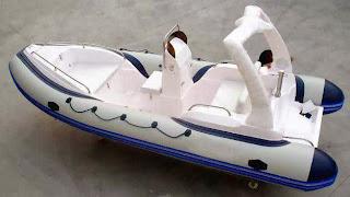 Jenis Perahu Rafting