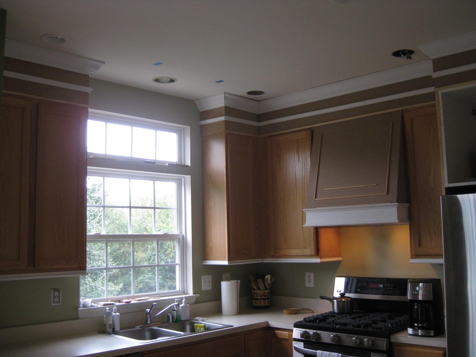 remodelando la casa adding moldings to your kitchen cabinets. Black Bedroom Furniture Sets. Home Design Ideas