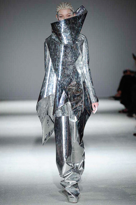 5 worst looks of paris fashion week, gareth pugh fw14 rtw
