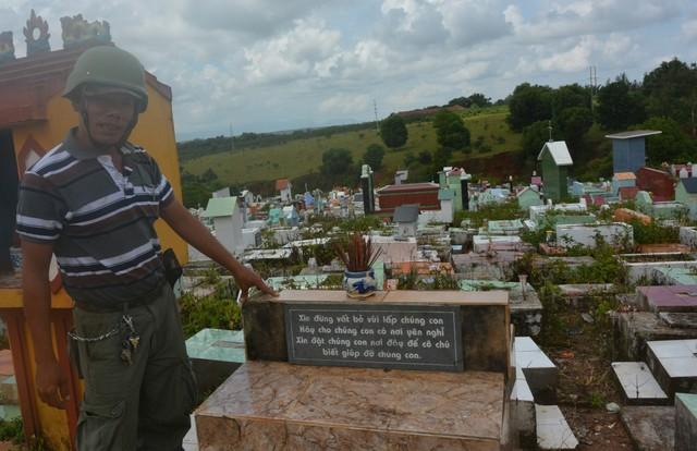 Gia Lai: Nơi chôn cất 17.500 hài nhi bị bỏ rơi - Những người coi nghĩa trang là ... nhà (2)