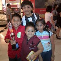 Juara Vokal Kategory Anak di PIM
