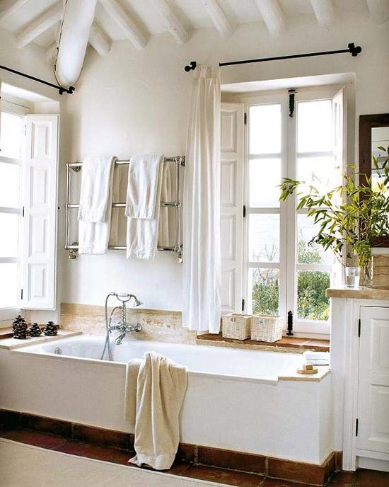 Bathroom in the La Huerta El Noque villa in Andalucia.