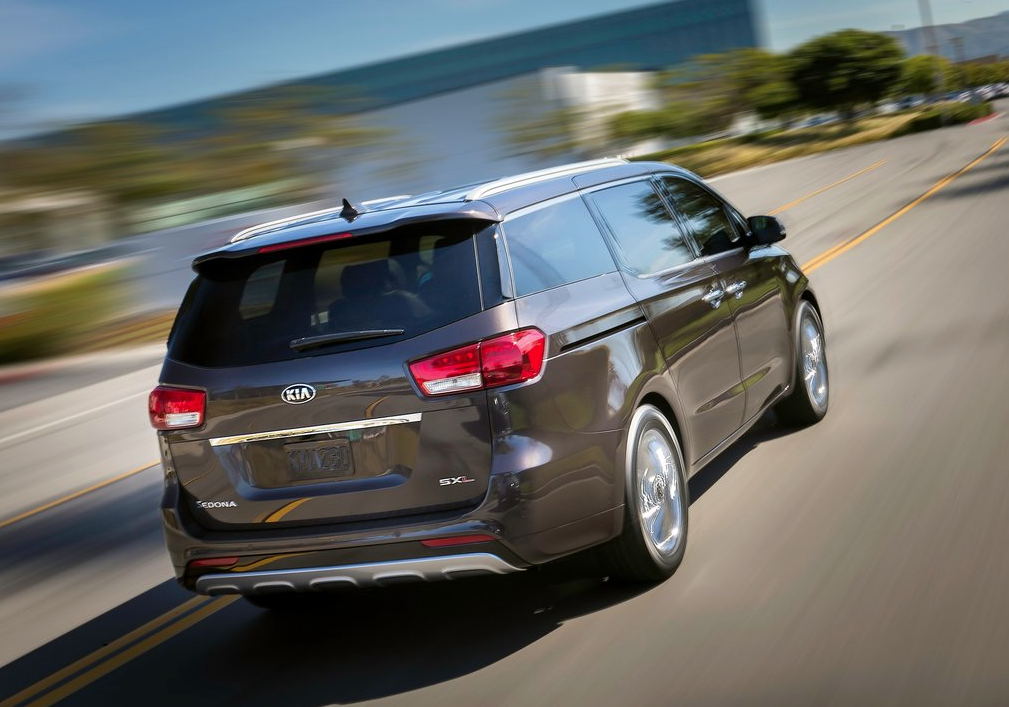 2015 Kia Sedona SXL brown