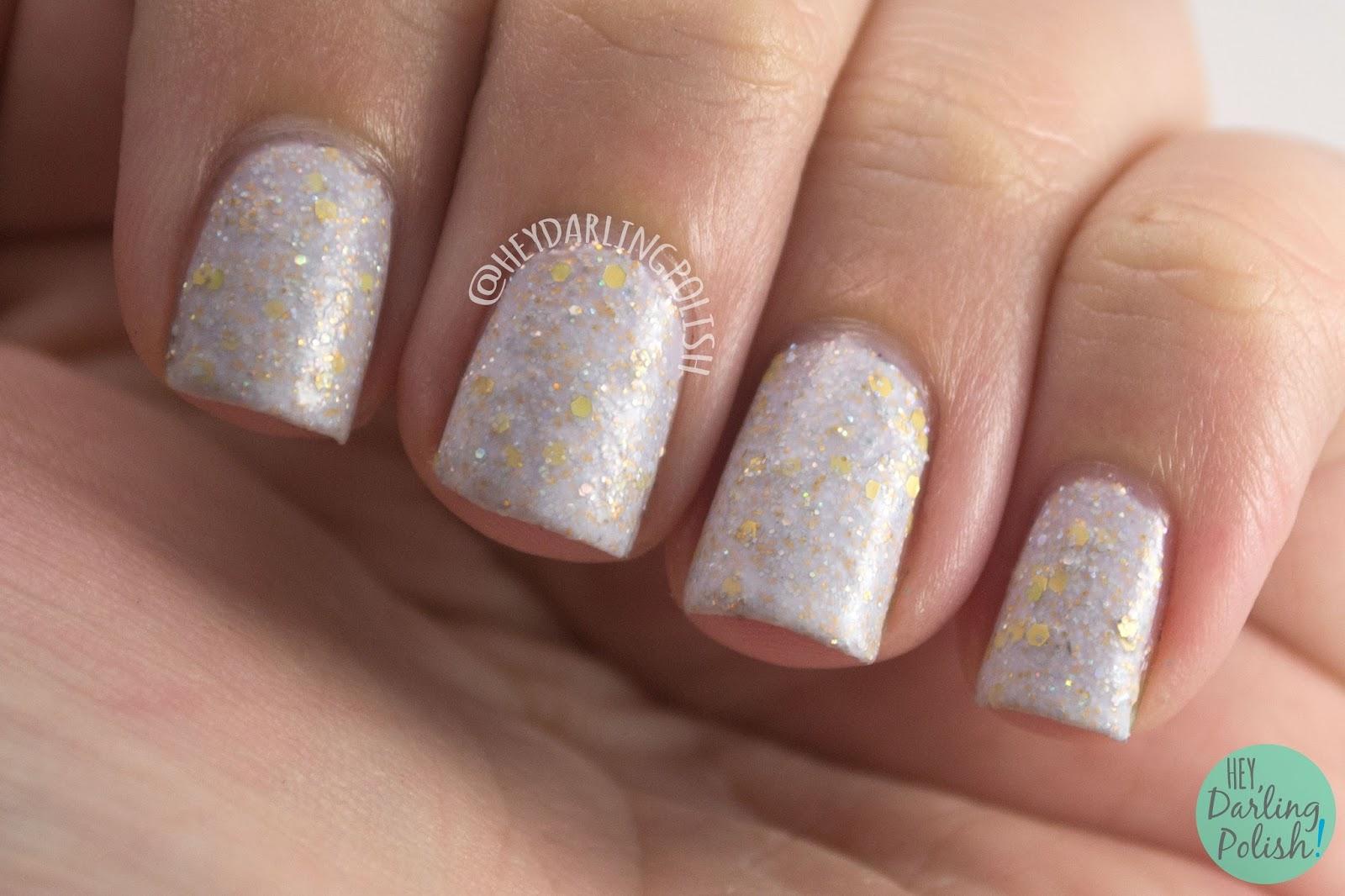 cream, white, olaf's snowflower, gold, glitter, glitter crelly, nails, nail polish, indie polish, indie nail polish, hey darling polish, black dahlia lacquer,