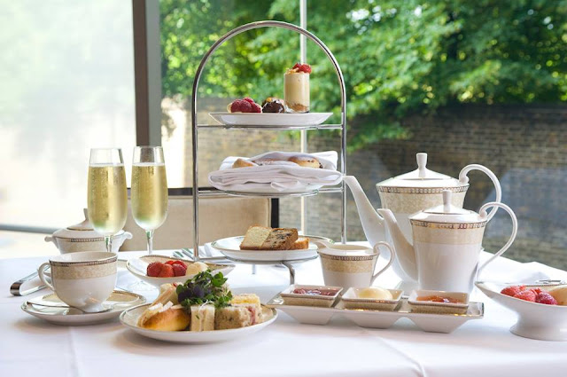 afternoon tea at the 5 star Royal Garden Hotel London