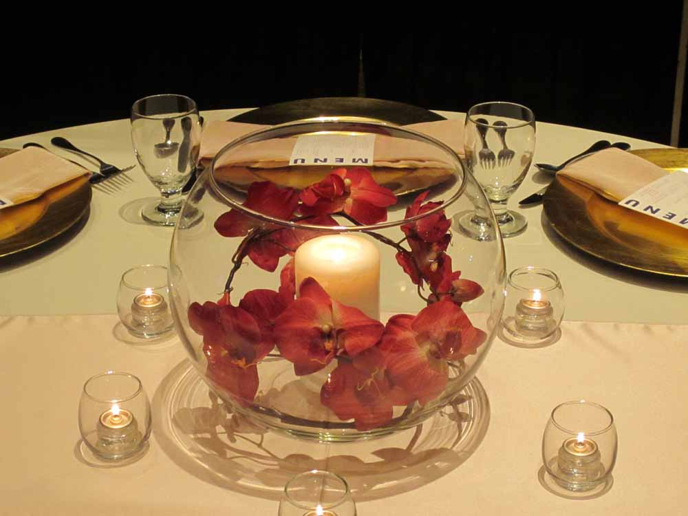 Burgundy and gold centerpieces wedding tips inspiration