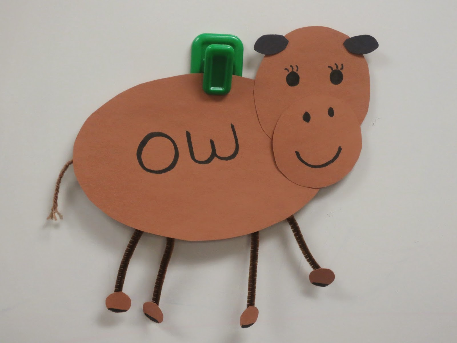 http://momentstoteach.blogspot.com/2014/03/cow-craft-freebie.html