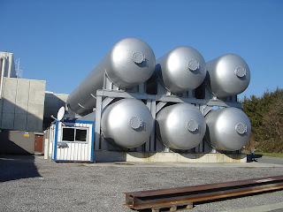 Tanques de helio del gran colisionador de hadrones