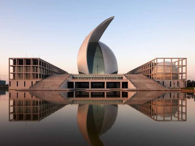 01-Maritime-Museum por gmp Architekten-