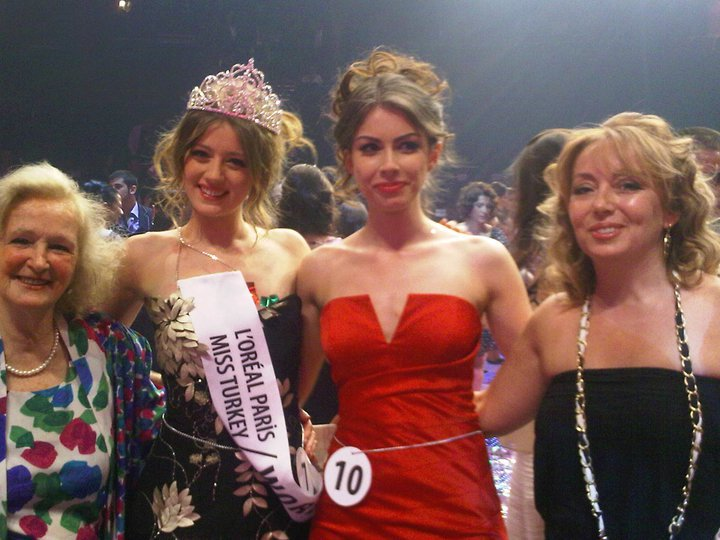 19 year-old Gizem Karaca is the winner of Miss Turkey World 2011 - Pictures of the newly crowned Miss Turkey World 2011