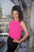 Rey Heroine Saiyami Kher Photos in Pink Top-thumbnail-5