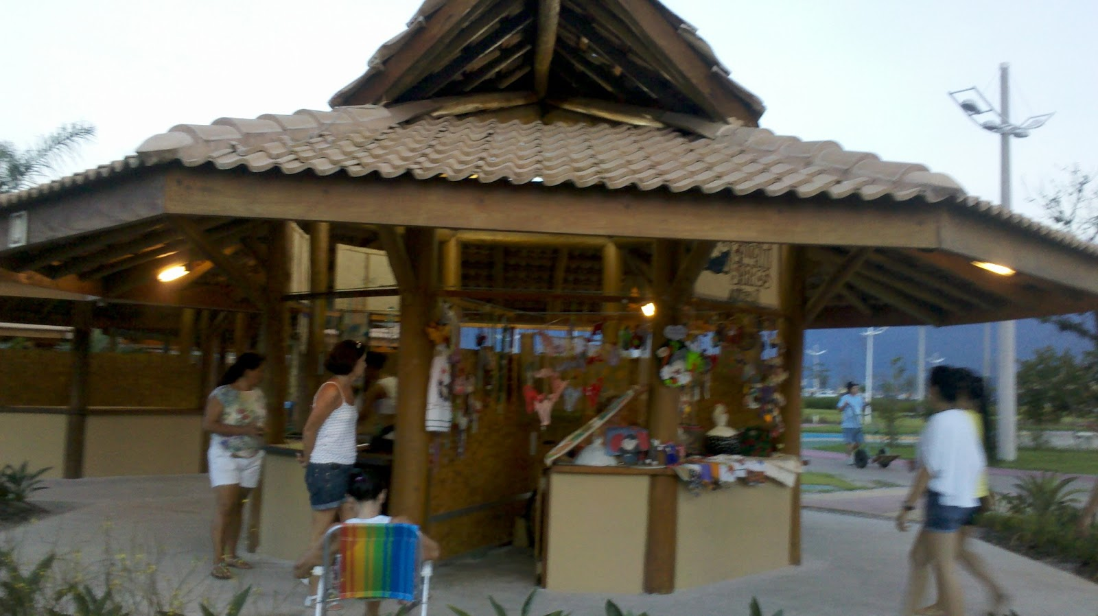 Aparador Inox Madeira ~ Feira de Artesanato de Ubatuba u2013 Mudar ou n u00e3o mudar? ~ PT Ubatuba Aqui voc u00eaé a estrela