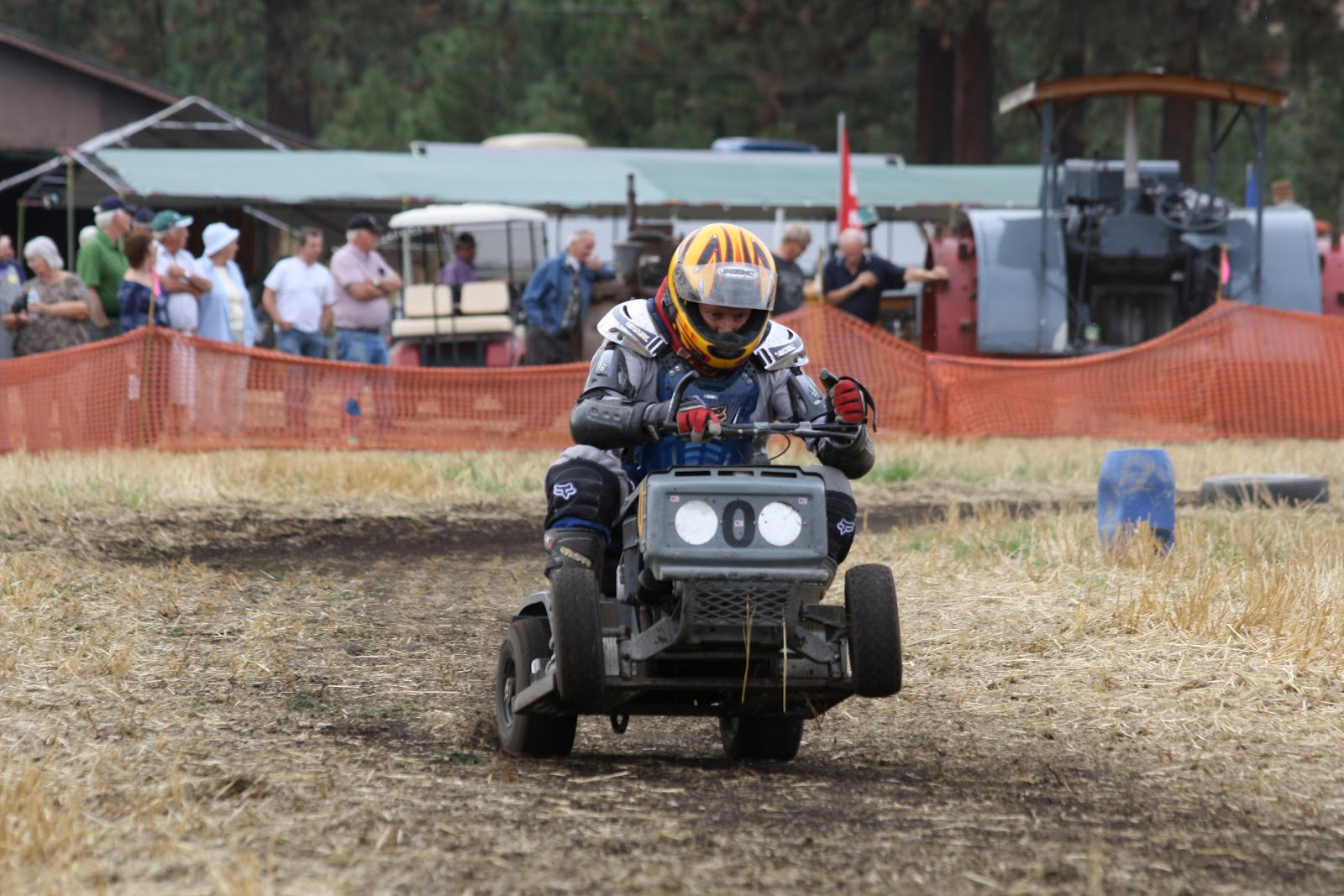Lawn Mower Racing Vintage Steam And Tractor Pull
