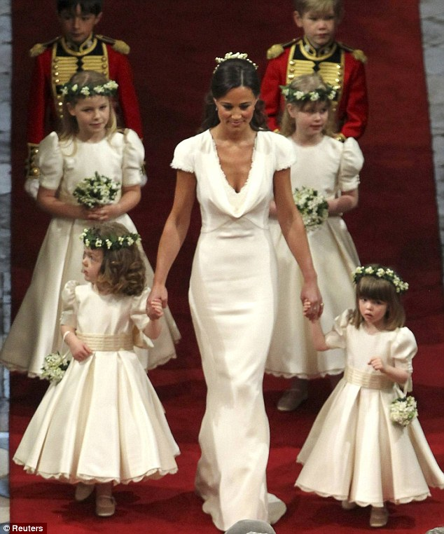 Weddingdresses and vintage kate and pippa middleton for Wedding dress like pippa middleton