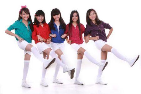 ... diri dan masuk ke comeback in girlband swittins berikut foto2 swittins
