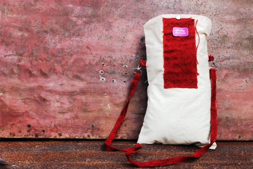 Tas Selempang Kanvas KimiBag dengan hiasan Goni