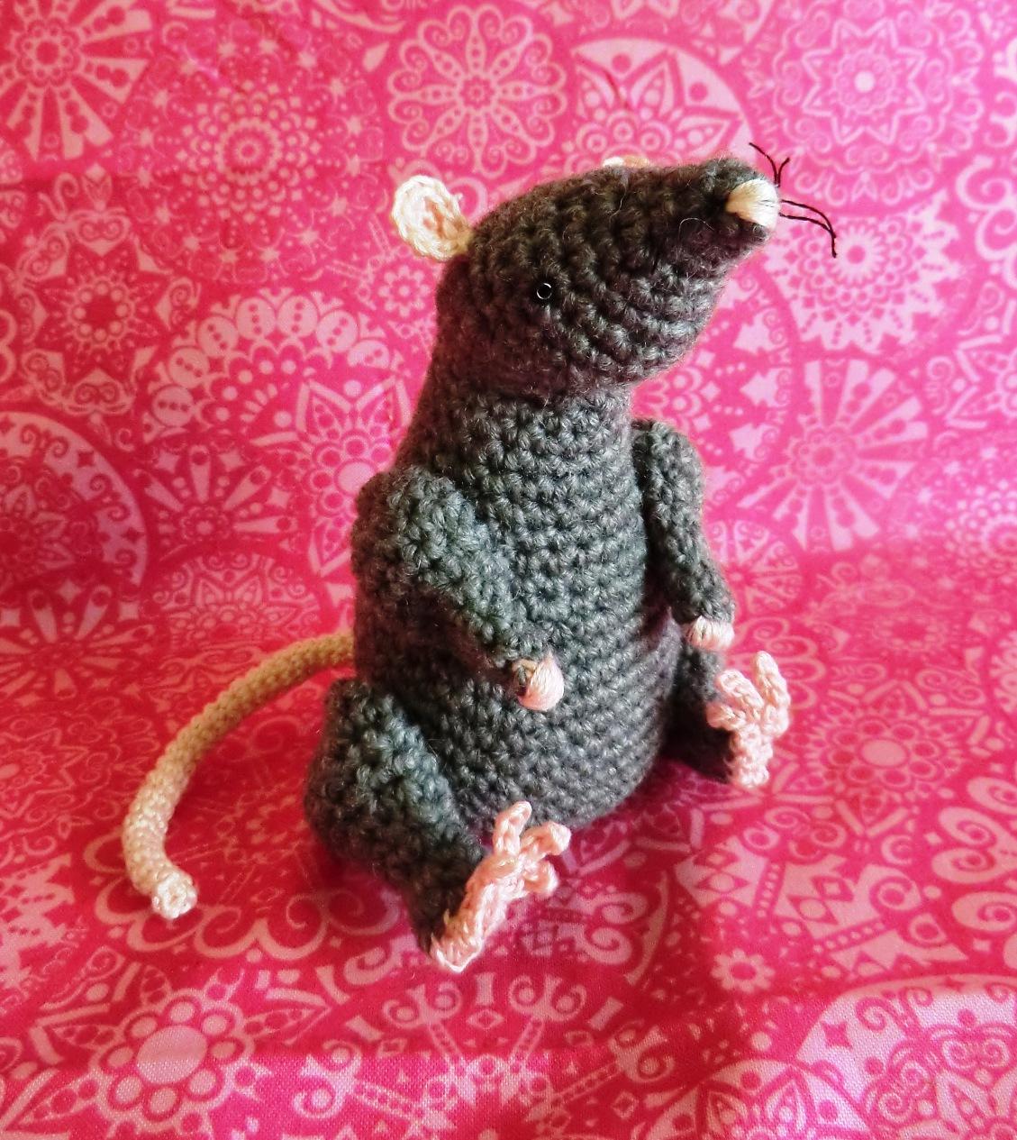 Amigurumi Lab Rat : Amigurumi Barmy: Rat attack