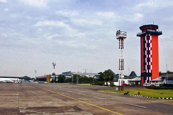 Bandara Halim Perdanakusuma. ZonaAero