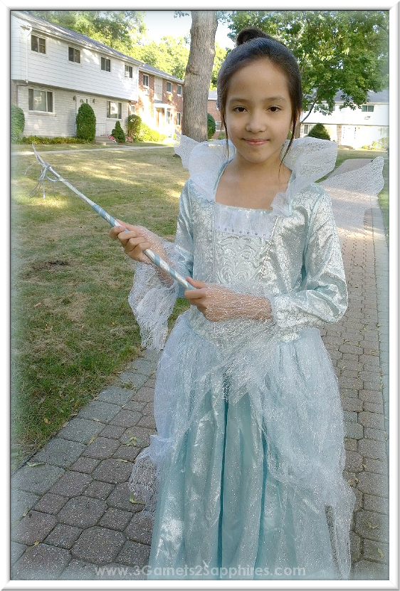 Cinderella Fairy Godmother Costume plus DIY Magic Wand Craft  |  www.3Garnets2Sapphires.com