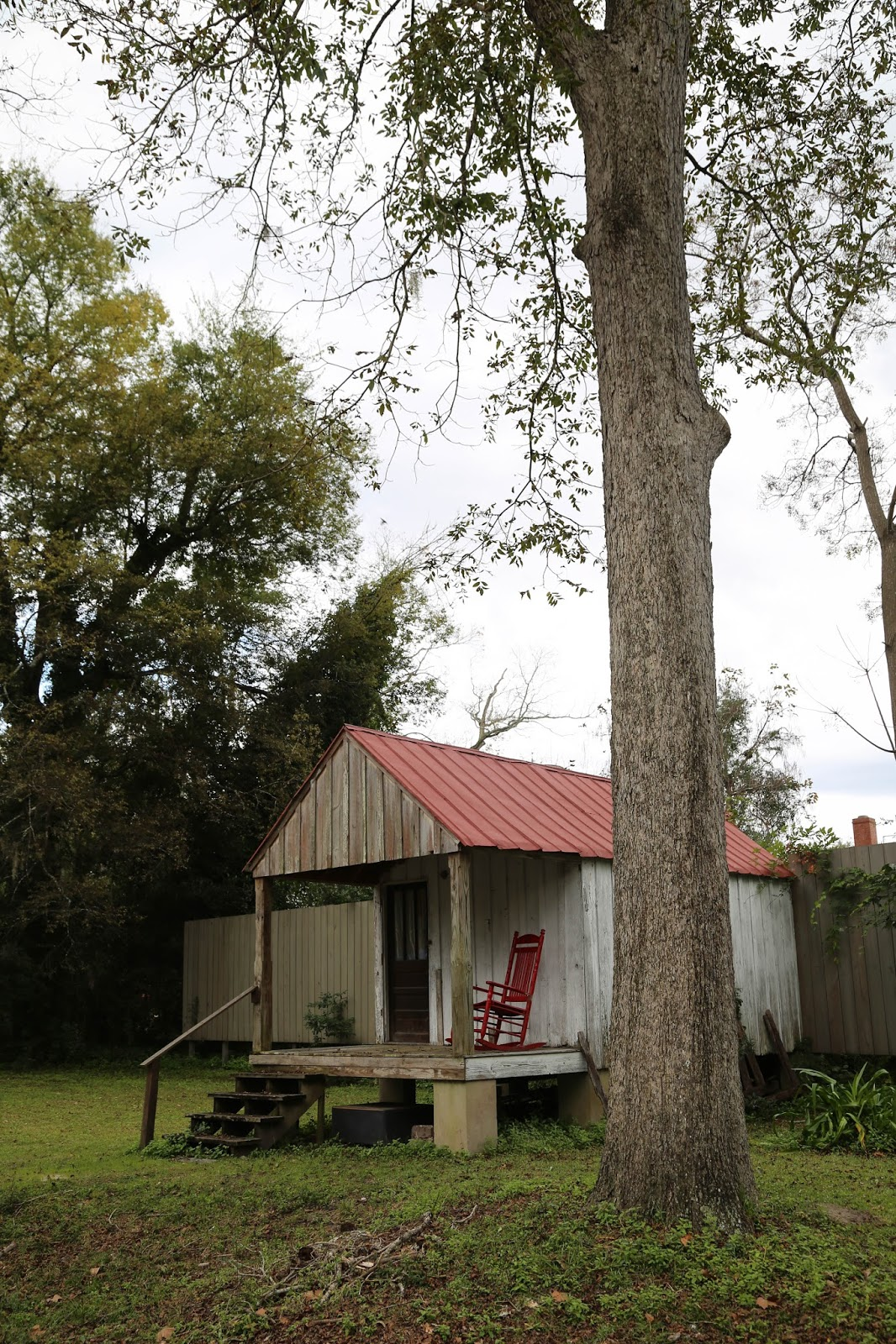 Charleston daily photo teeny tiny houses of the lowcountry for Low country tiny house show
