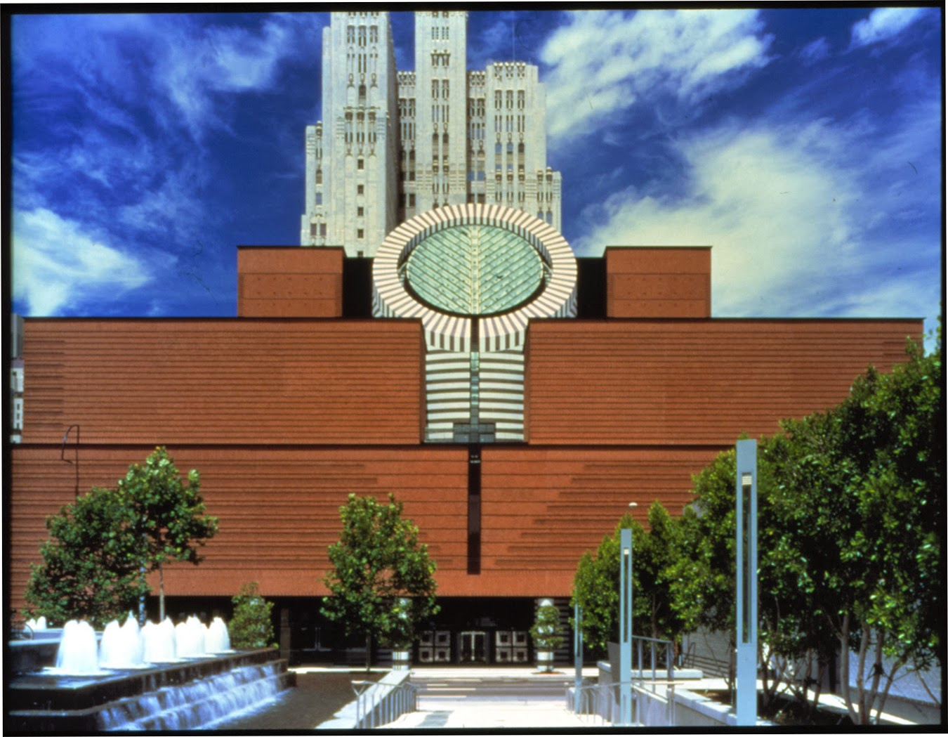 Museo de arte moderno de san francisco san francisco for San francisco contemporary art museum