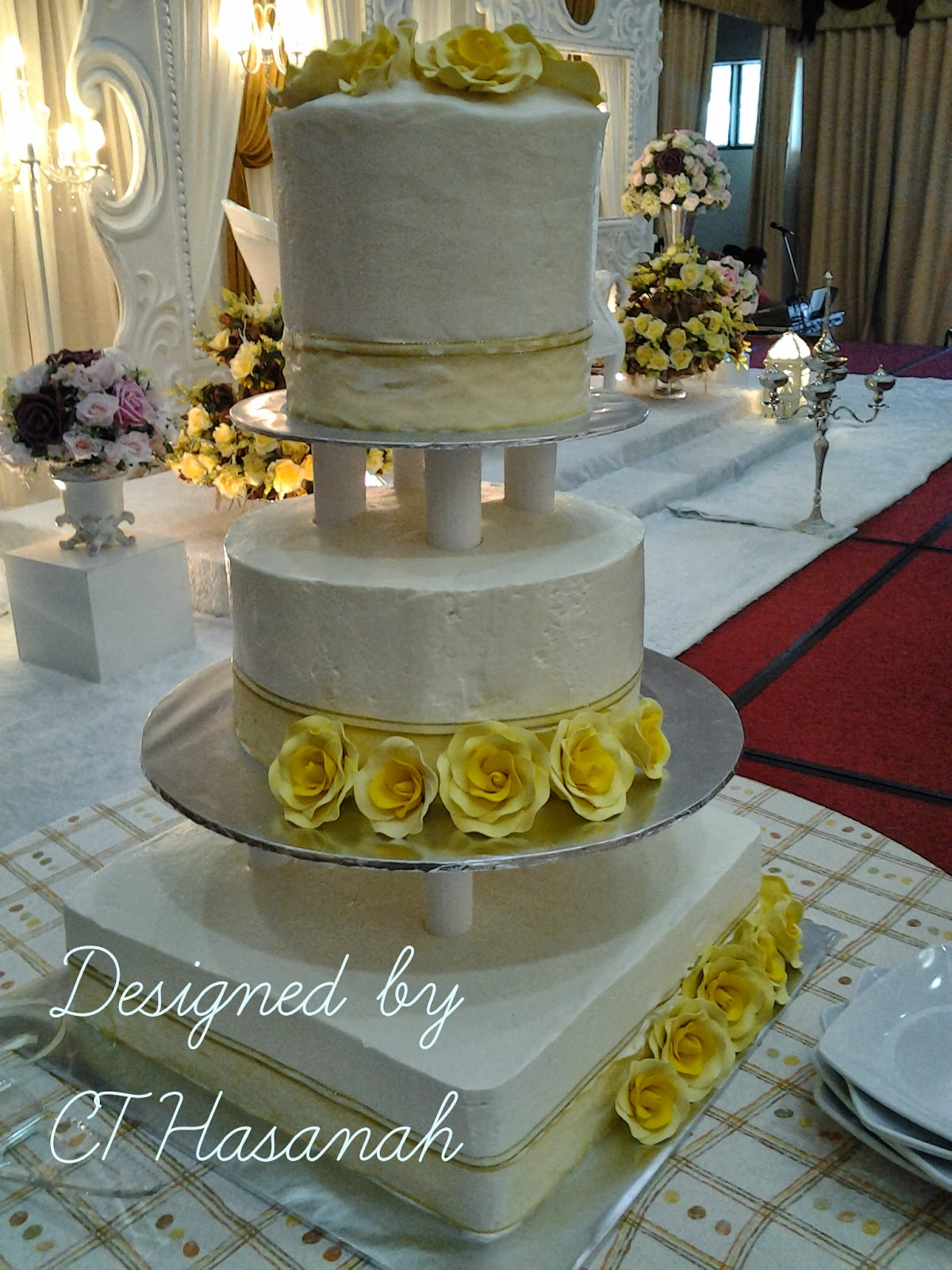 CT Hasanah Cake House 3 Tier Wedding Cake