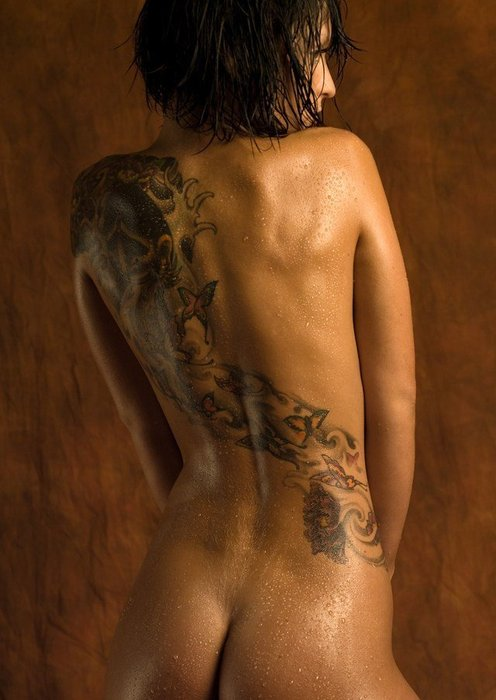 tattoos on nude women