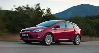 2012-Ford-Focus-13