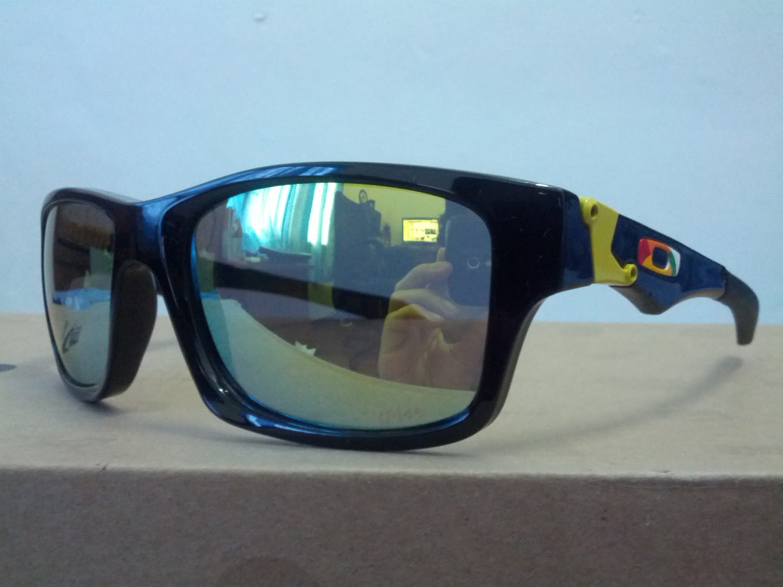 oakley order 0ql4  BRAND : OAKLEY MODEL : JUPITER SQUARE X VR46 LENS : POLARIZED PRICE : RM  150 [ FREE POSTAGE ] COLOUR: BLACK *REPLICA ORDER PLEASE PM ME, WHATS APP  OR SMS