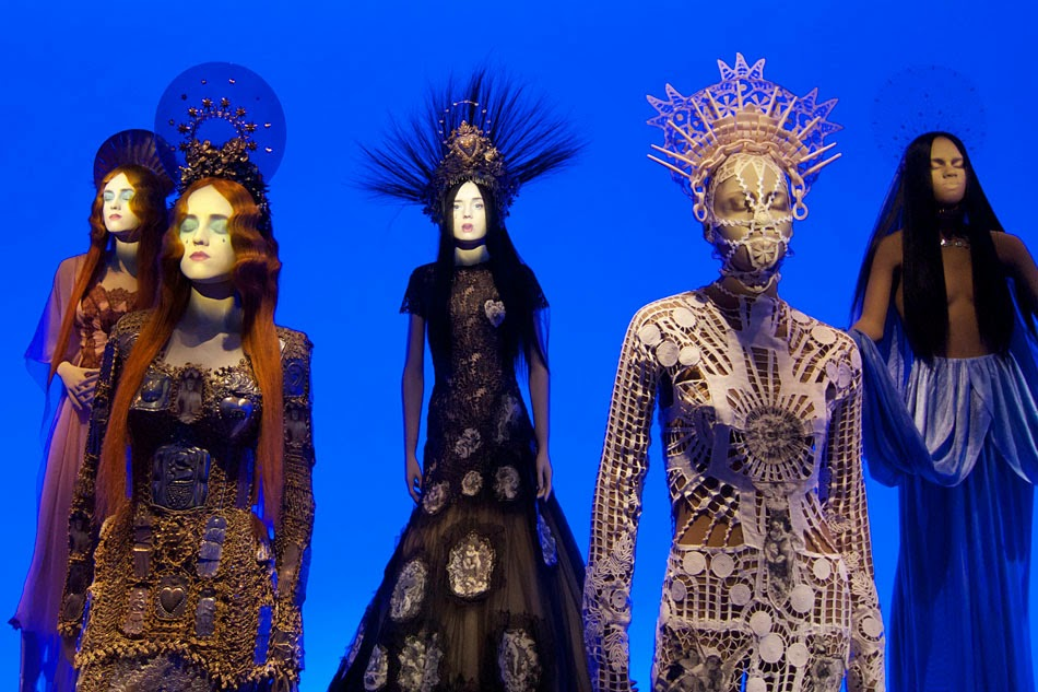 haisy jean paul gaultier exhibition. Black Bedroom Furniture Sets. Home Design Ideas