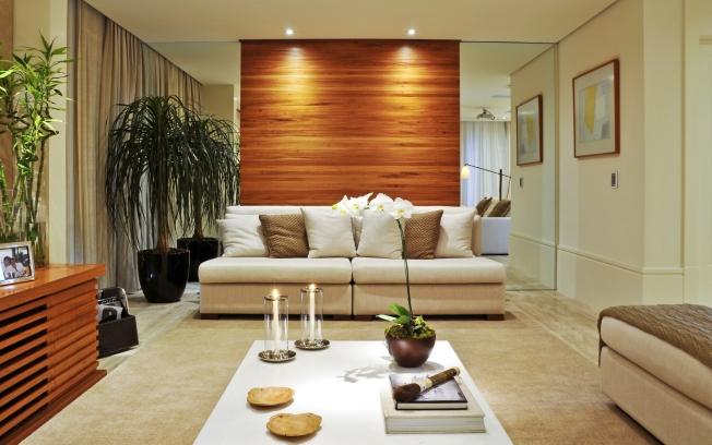 decoracao interiores curitiba:Para ambientes pequenos e com pouca luminosidade, uma decoração com