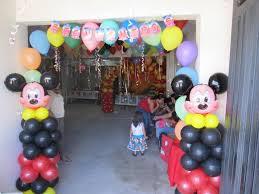 DECORACIONES CON MICKEY MOUSE decoracionesparafiestasinfantiles.blogspot.com