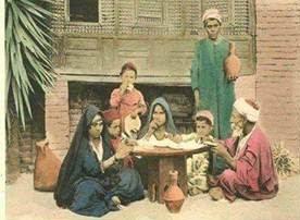 """لقمه هنيه تكفى ميه/ قــُل:"""" بسم الله الرحمن الرحيم.. بسم الله الكافى"""" على طعامك """" سمِ الله وكُل مما"""