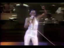 """DIANA ROSS ON STAGE SINGS """"THE BOSS"""" (1979)"""