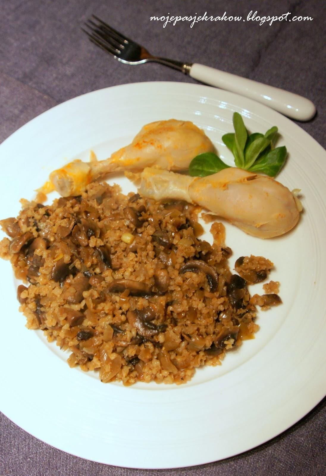 http://mojepasjekrakow.blogspot.com/2014/03/kasza-z-pieczarkami-i-kurczakiem-obiad.html